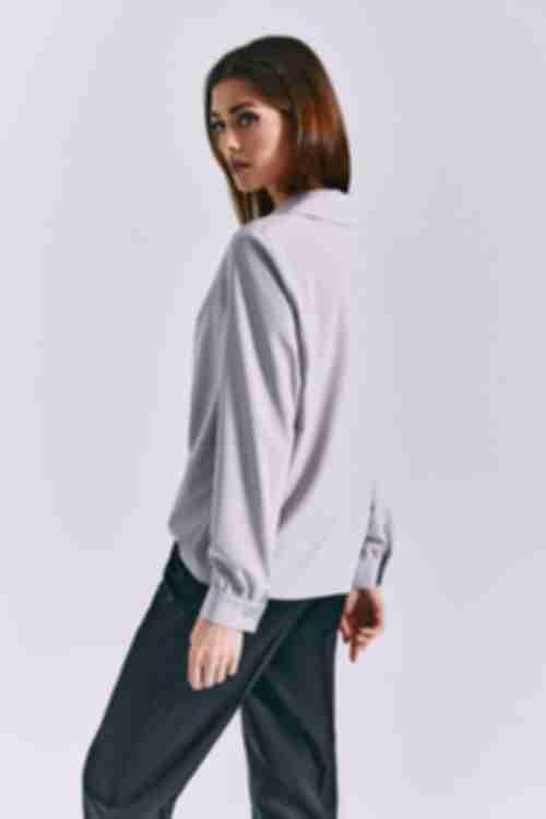 Блузка с воротником на пуговицах графитовая