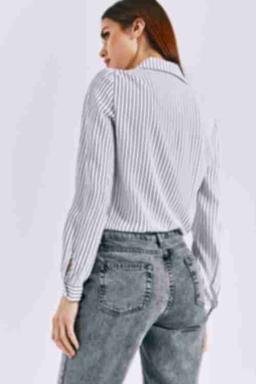 Женская прямая рубашка синяя полоска на молочном