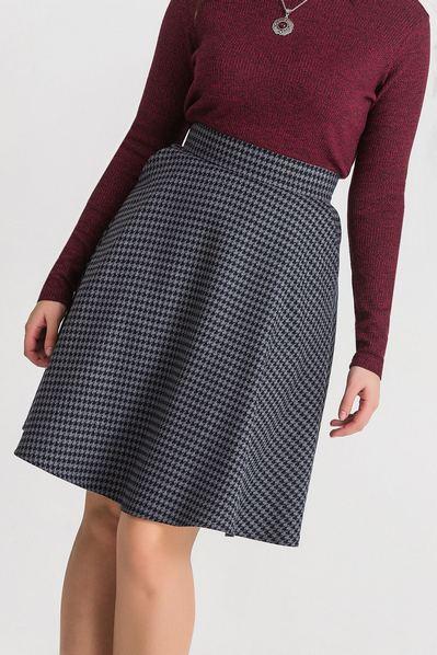 Графитовая юбка с принтом гусиная лапка большой размер