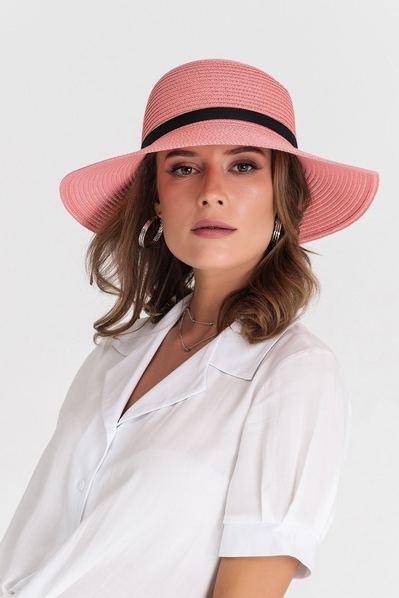 Летняя шляпа розовая с тонкой черной лентой
