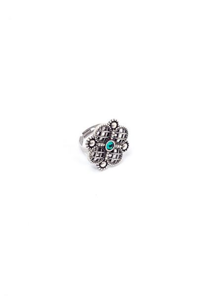 Кольцо Византийская принцесса с изумрудной вставкой