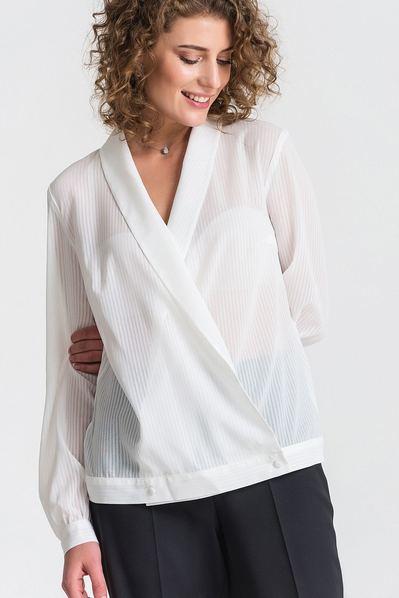 Молочная блуза с запахом из шифона в полоску
