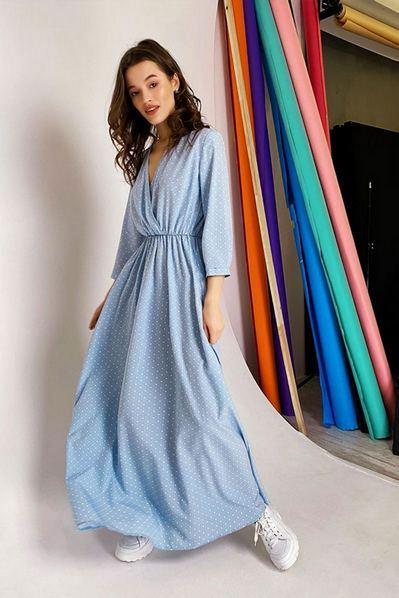 Длинное платье на запах капли на небесном