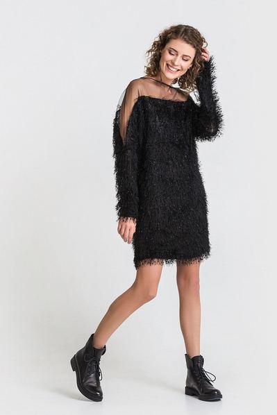 Короткое платье черное с открытыми плечами из ворсистого трикотажа
