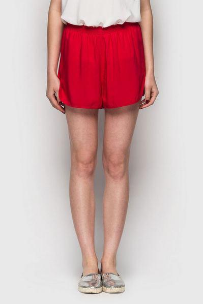 Красные шорты штапель