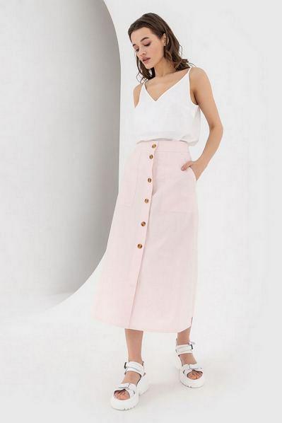 Прямая юбка на пуговицах пудровая