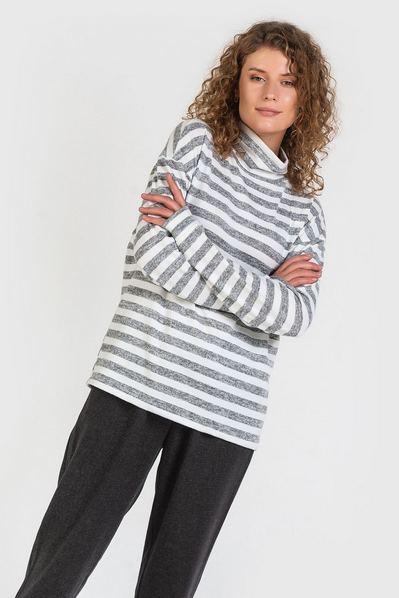 Трикотажный свитер в полоску графитово-молочную
