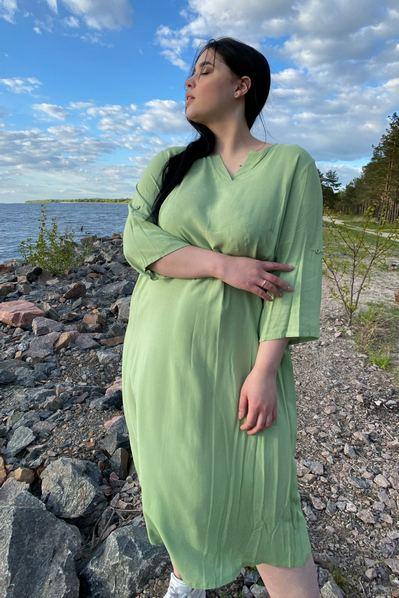 Платье с V-образным вырезом фисташкового цвета большой размер