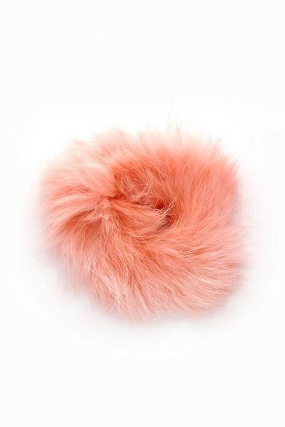 Резинка из натурального меха розовая