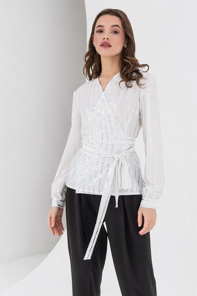 Молочная блузка на запах в серебряную полоску