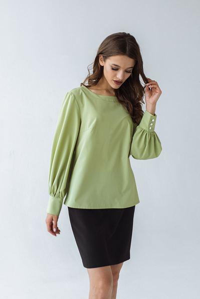 Блуза с обьемными рукавами фисташкового цвета