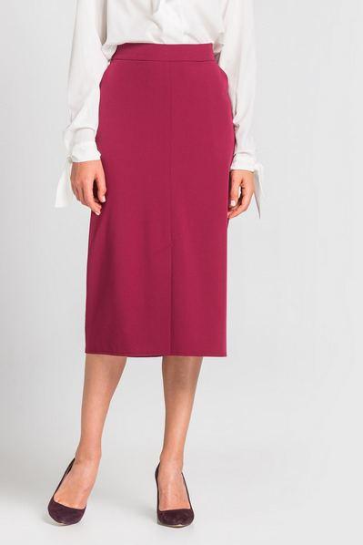 Ягодная юбка карандаш со шлицей спереди из костюмной ткани