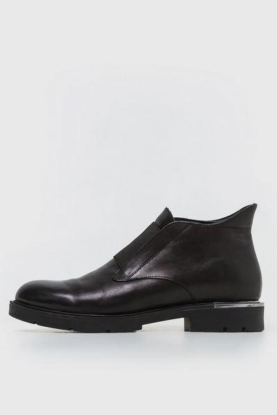 Кожаные ботинки черные с резинкой