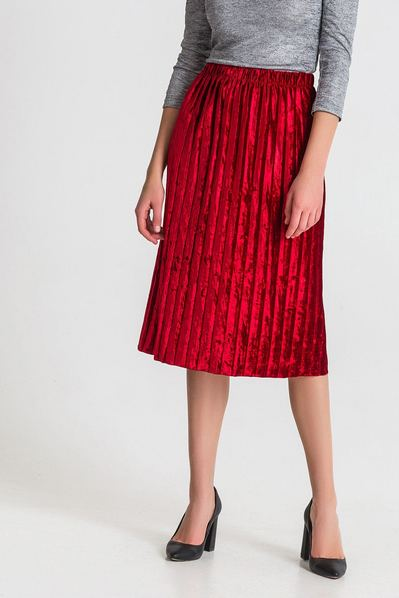 Красная юбка миди плиссе из велюра