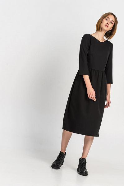 Черное платье куколка до колен из костюмной ткани
