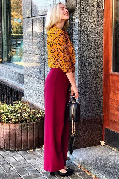 Женские брюки клеш ягодные