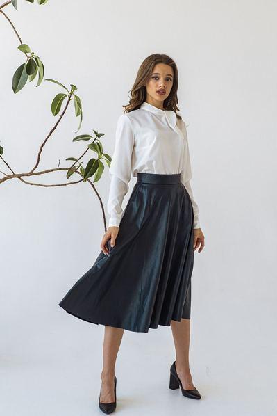 Женская юбка полусолнце из эко-кожи темно-синяя