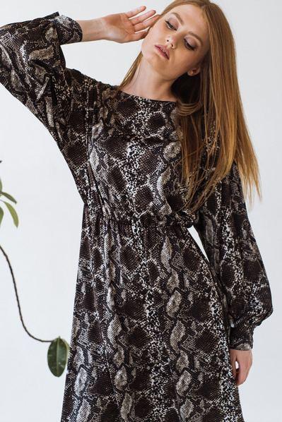 Платье с юбкой полусолнце принт рептилия на сером фоне