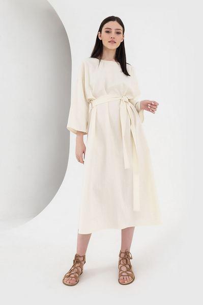 Молочное миди платье со складками