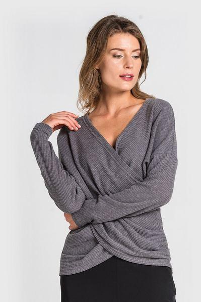 Купити жіночий светр чорний в інтернет магазині VOVK 32c1c6b830b09