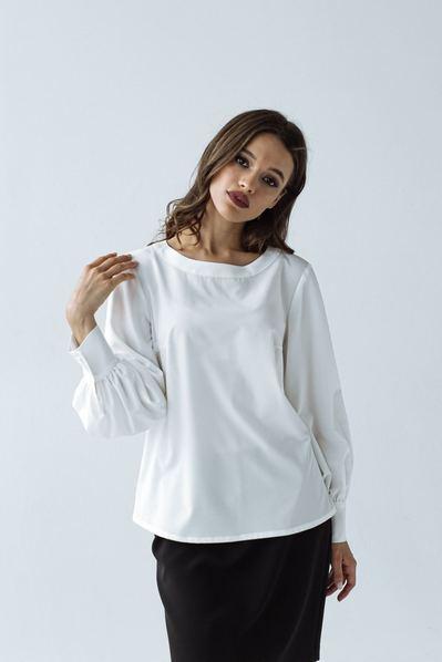 Молочная блуза с обьемными рукавами