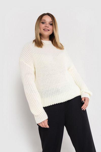 Вязаный свитер молочный большой размер