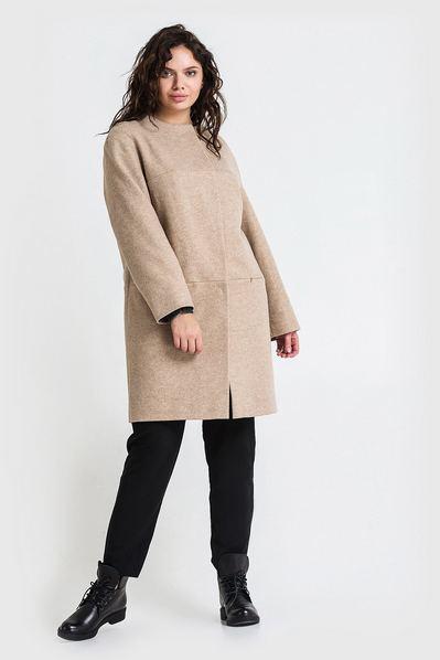 Женское пальто на кокетке без воротника из кашемира песочное большой размер