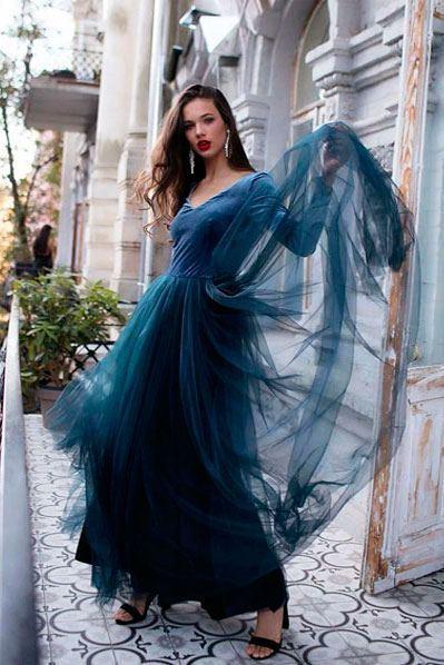 Макси платье с пышной юбкой дымчато-синее