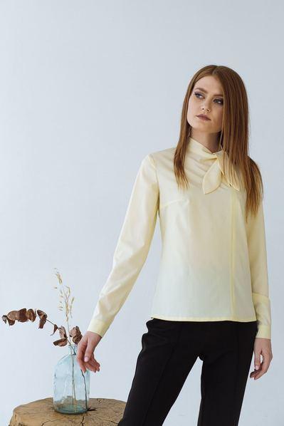 Прямая блузка с бантом на шее лимонная