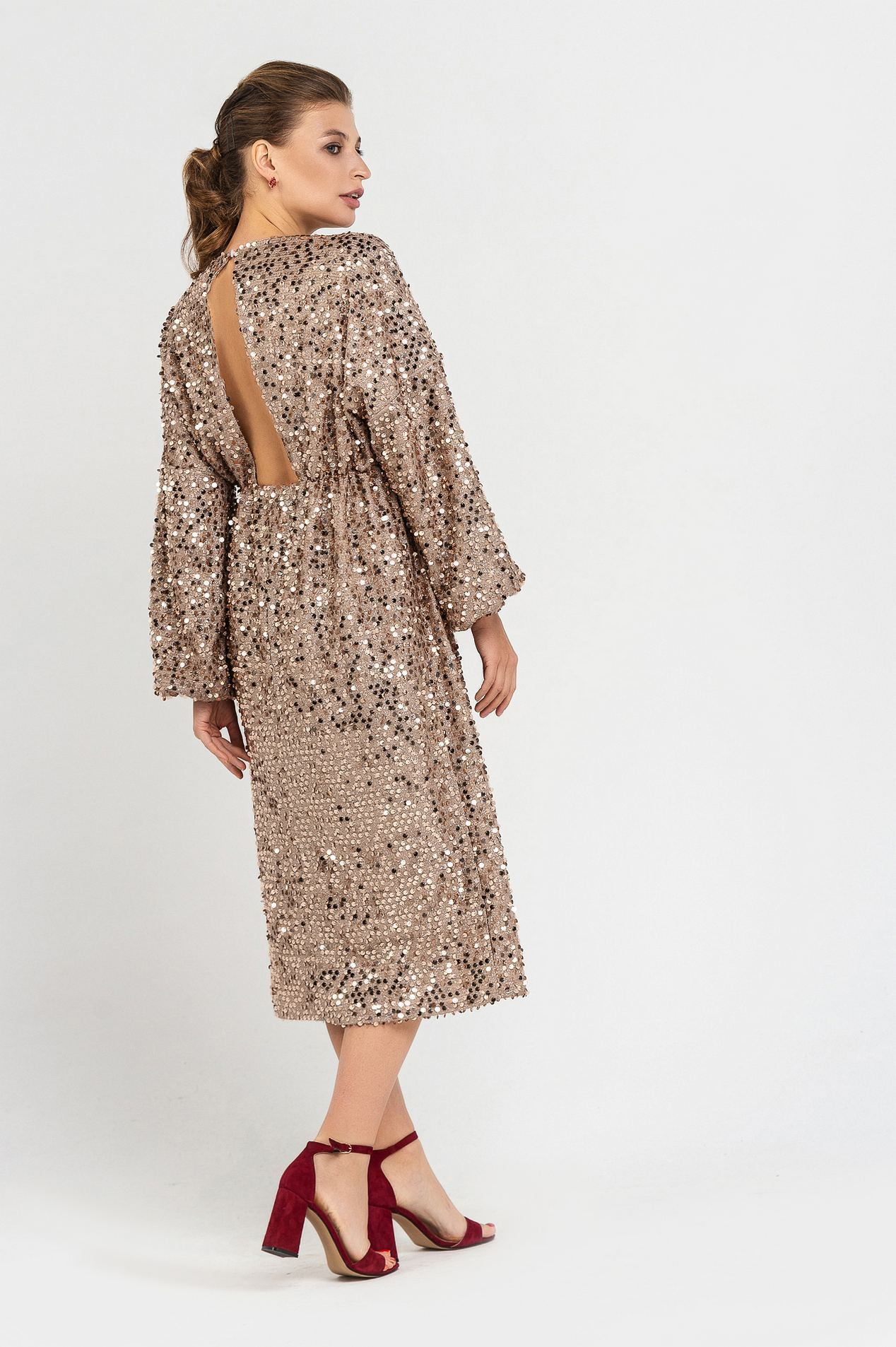 платье с золотыми пайетками купить