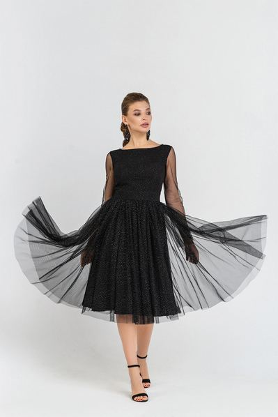 Черное платье с пышной юбкой сетка с вкраплениями