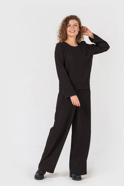 Повседневный костюм черный топ и брюки с люрексом
