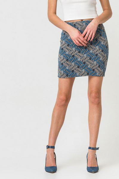 Мини юбка узкая в прямоугольники серая