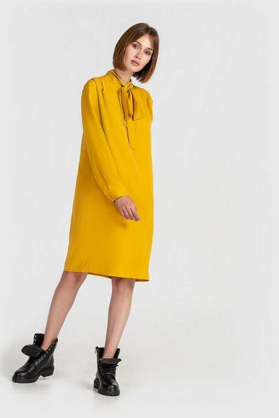 Деми платье с завязкой горчичное