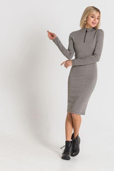 Трикотажное платье с принтом бежево-черный зигзаг