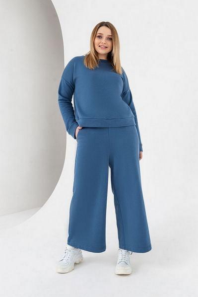 Костюм свитшот и брюки кюлоты цвета деним большой размер