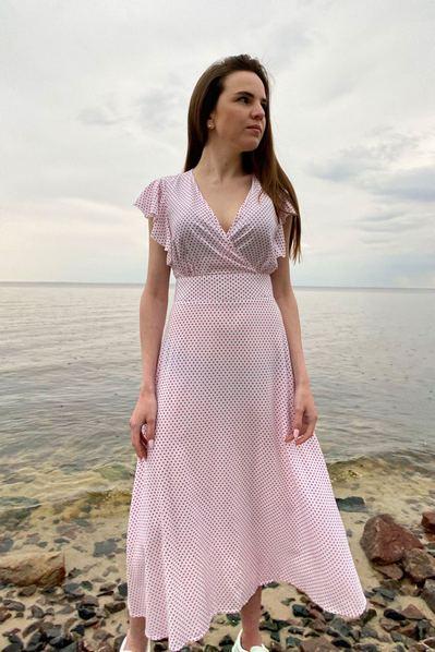 Платье с воланами на плечах мелкий горох на молочном