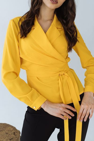 Блузка на запах мелкий горох на желтом
