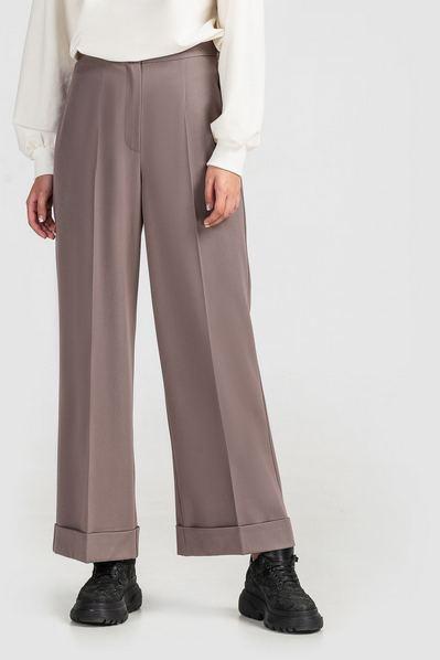 Женские брюки клеш из костюмной ткани мокко