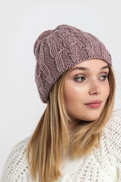 Вязаная шапка с манжетом штрихи фрезовая
