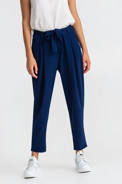 Темно-синие брюки с поясом