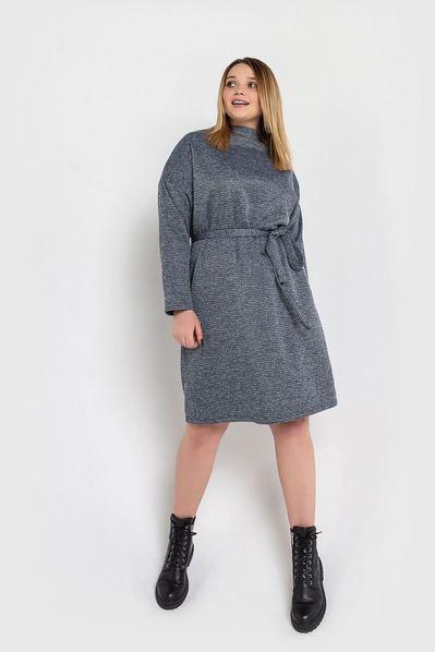 Графитово-черное платье до колен принт гусиная лапка большой размер