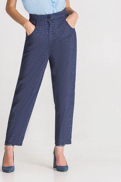 Темно-синие брюки из денима принт разноцветные треугольники
