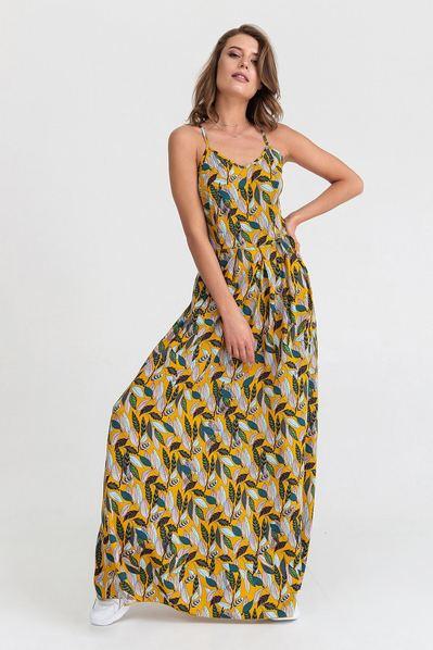 Длинное платье на бретелях принт листья на горчичном