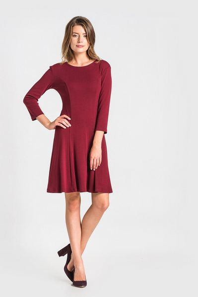 Трикотажное платье колокольчик ягодное
