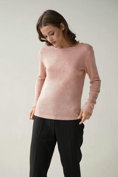Трикотажный свитер пудровый