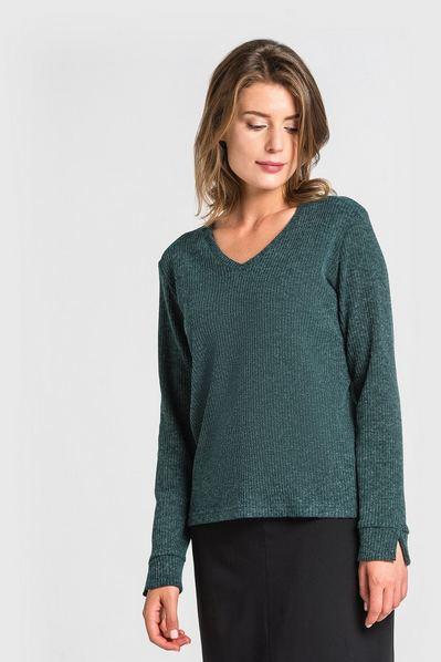 Трикотажный свитер резинка с вырезом изумрудный