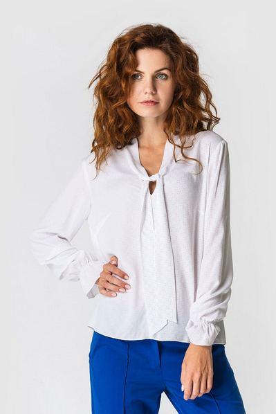 Женская блузка с завязкой и оборками на рукавах с принтом точки на молочном фоне