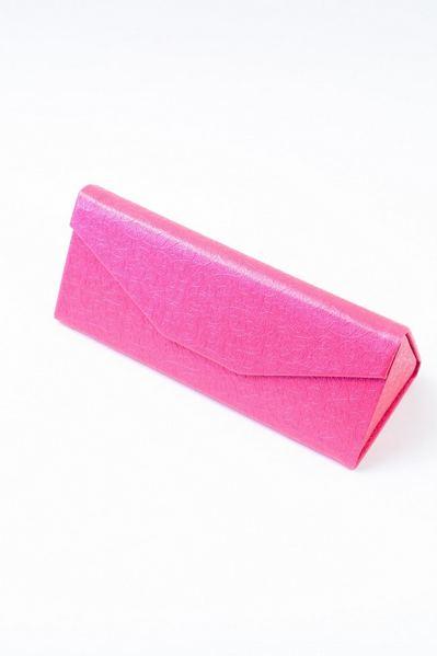 Чехол для очков с тиснением завитки розовый