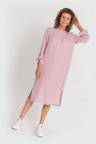 Миди платье рубашка пудровое в молочные штрихи